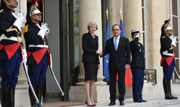 Primera ministra británica viaja a París para explicar su calendario del Brexit - Noticias de brexit