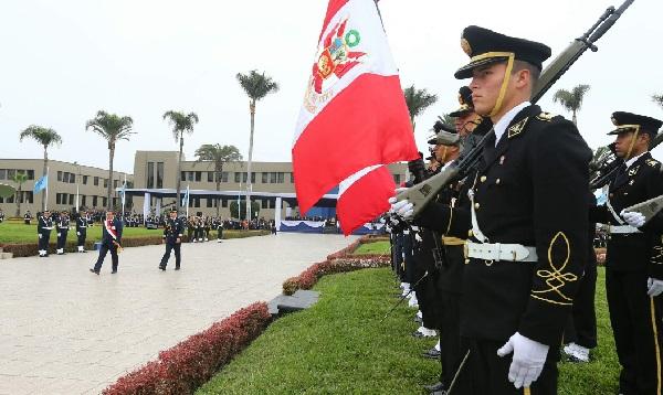 Perú celebra día de la Fuerza Aérea y recuerda inmolación de Quiñones - Noticias de jose quinones