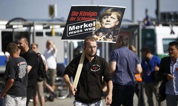 Alemania: extrema derecha protesta contra Merkel y los refugiados - Noticias de alemania