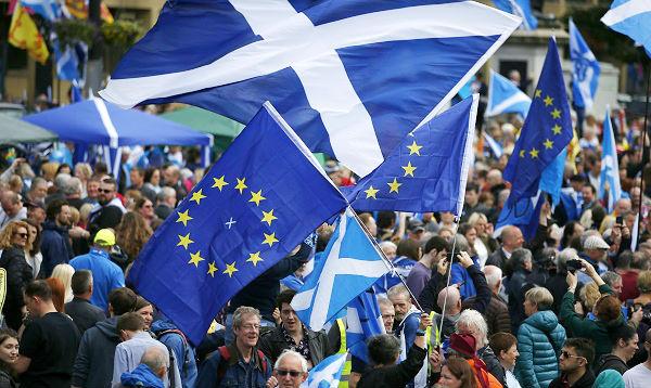 Escocia: miles marcharon por nuevo referéndum sobre la independencia - Noticias de escocia
