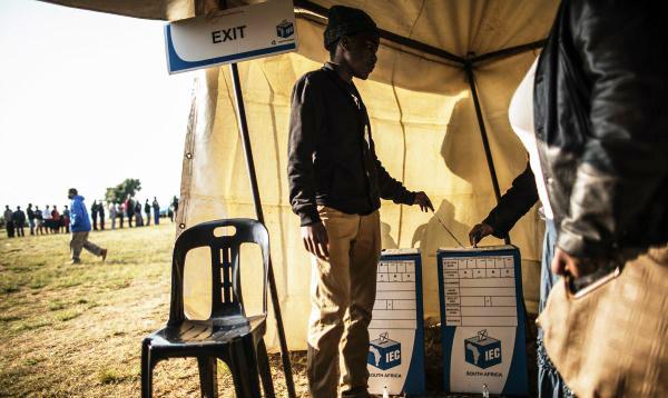 Sudafricanos acuden a las urnas para elegir a alcaldes y concejales - Noticias de nelson mandela
