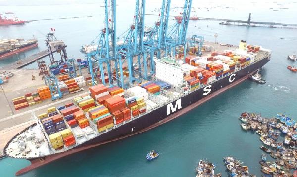 La nave más grande vista en el Perú arribó hoy al puerto del Callao - Noticias de callao