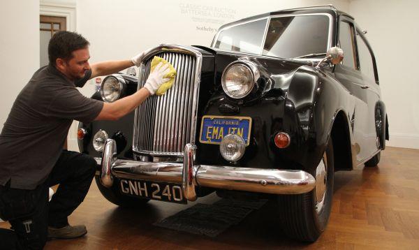 Sotheby´s espera obtener más de US$ 324,000 en subasta de Austin Princess Hearse que perteneció a John Lennon - Noticias de john lennon