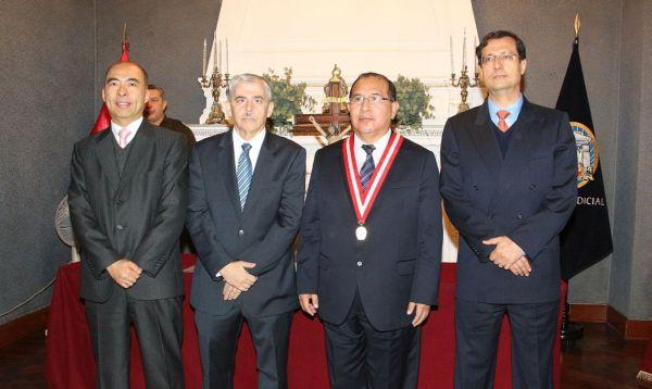 Tres directores del BCR juramentaron hoy ante presidente del Poder Judicial - Noticias de gustavo yamada