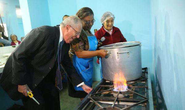 PPK inaugura conexiones de gas natural en Comas - Noticias de maria parado