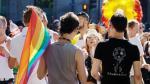 Transexuales comienzan a recibir en Bolivia cédulas con nueva identidad - Noticias de matrimonio religioso