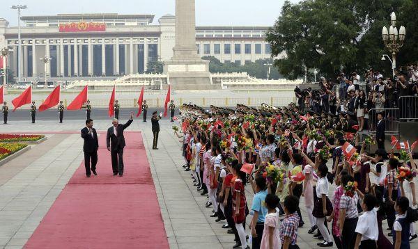 PPK recorre Pekín junto a presidente chino Xi Jinping - Noticias de inversión