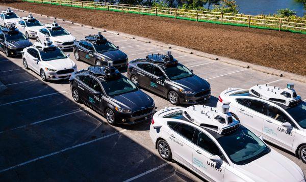Uber lanza servicio de vehículos sin conductor en EE.UU. - Noticias de desarrollo