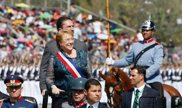 Chile celebra su Día de la Independencia con desfile militar - Noticias de jose antonio gomez
