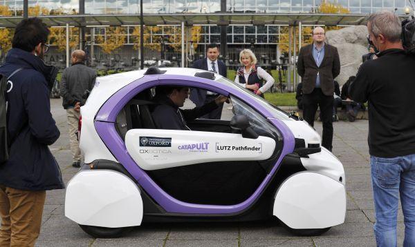 Prueban por primera vez autos sin conductor en calles de Reino Unido - Noticias de vehiculos autonomos