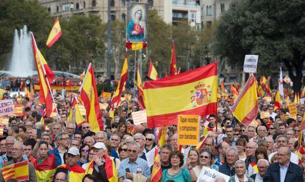 Unas 5,000 personas se manifiestan en Barcelona por la unidad de España - Noticias de españa