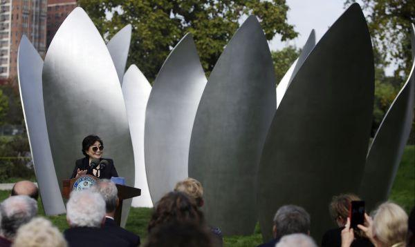 Yoko Ono presenta su primera instalación artística permanente en EE.UU. - Noticias de john ono lennon