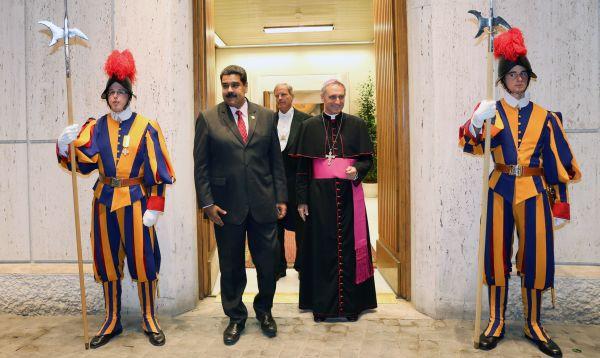 Presidente venezolano Nicolás Maduro visita al Papa por sorpresa - Noticias de papa francisco