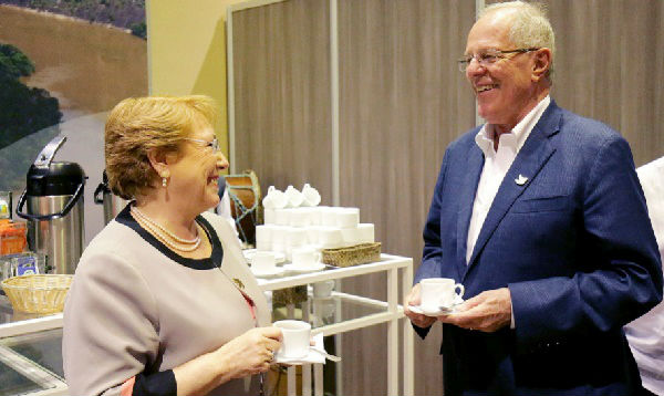 PPK se reunió con Bachelet en Cumbre Iberoamericana - Noticias de michele bachelet