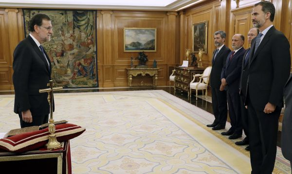 Rajoy jura como presidente de Gobierno español tras 10 meses de estancamiento político - Noticias de mariano rajoy