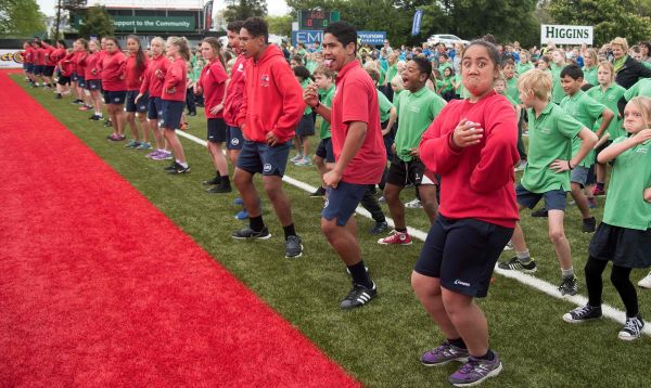 En Nueva Zelanda, 7,000 estudiantes proclaman nuevo récord del mundo de 'haka' - Noticias de haka