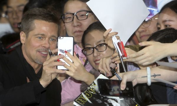 Brad Pitt regresa a China luego de supuesta prohibición - Noticias de dalai lama