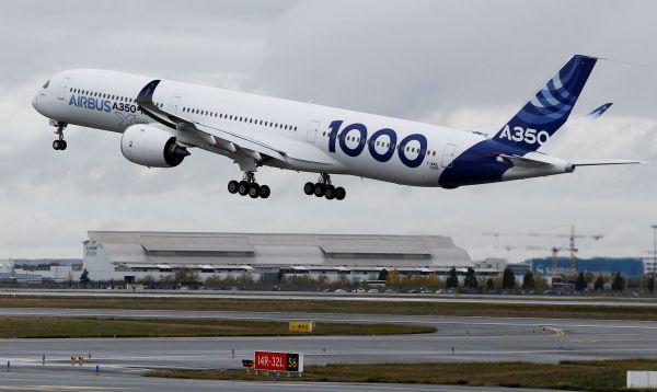 Airbus presenta su nuevo y mayor avión bimotor para desafiar al Boeing 777 - Noticias de airbus