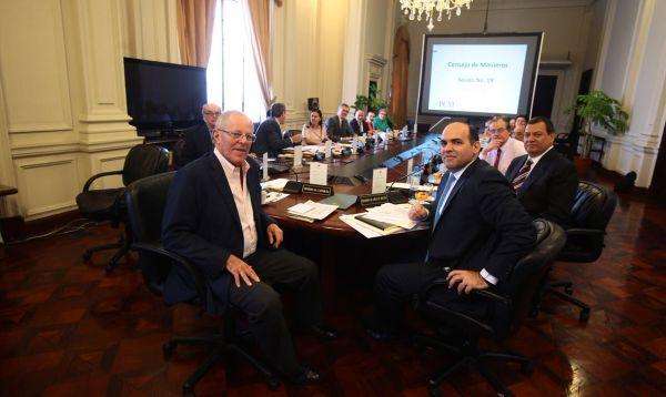 Consejo de Ministros reitera respaldo a ministro Jaime Saavedra - Noticias de jaime saavedra