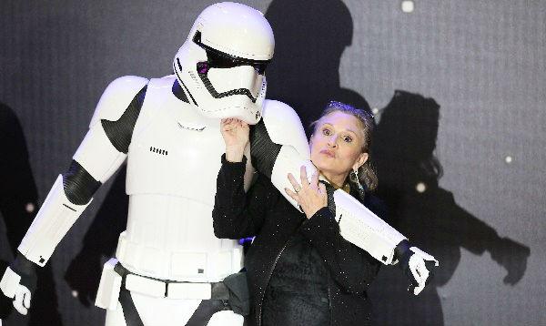 Actriz Carrie Fisher ya está estable tras sufrir infarto - Noticias de george washington